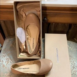 Lucky Brand flats new in the box